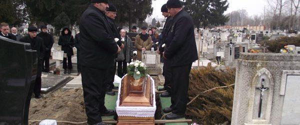 Koporsós temetés